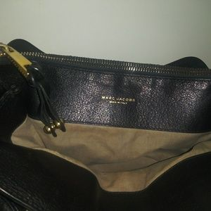Marc Jacobs Bags - Marc Jacobs quilted leather and chains bag